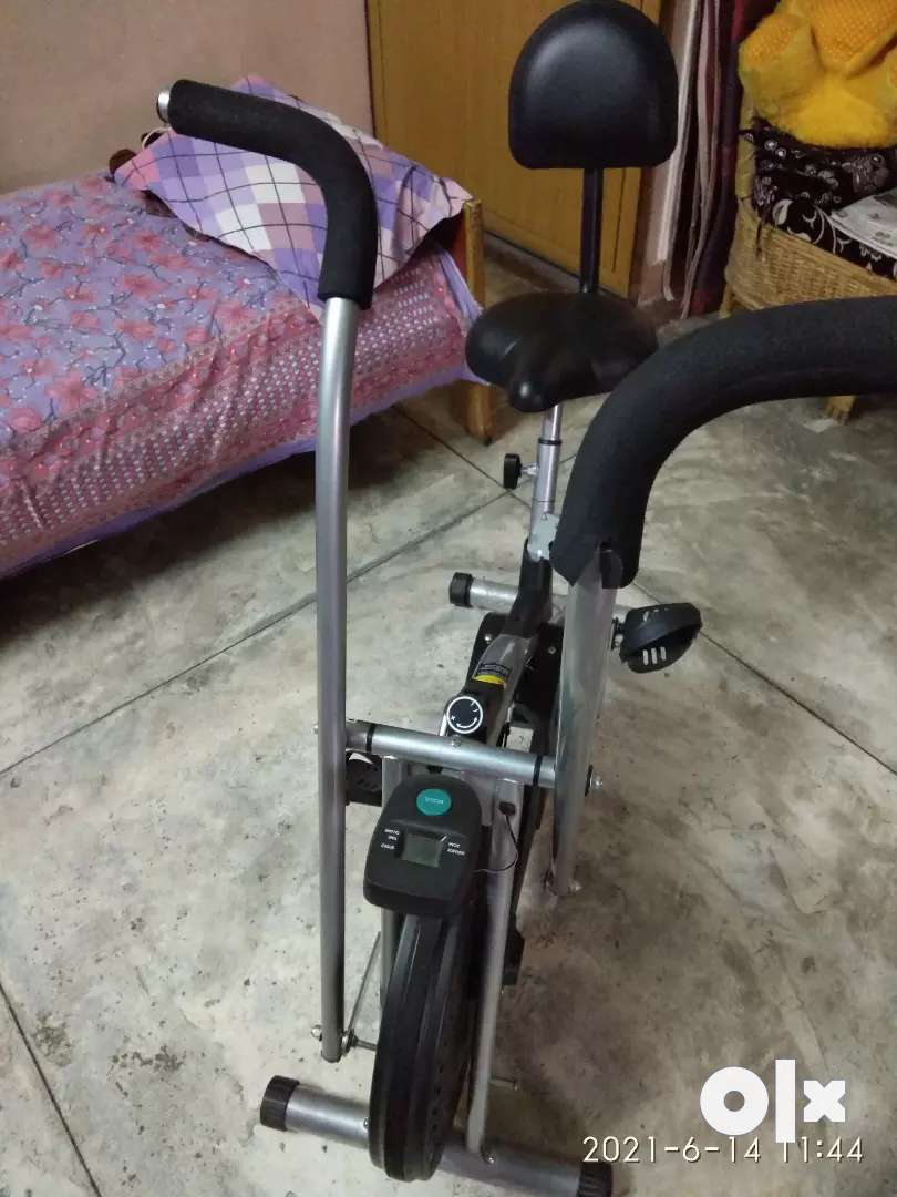 Air bike for exercise