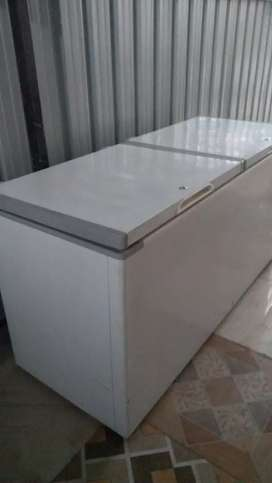 Deep freezer good condition with warranty (500 litter) only 24000