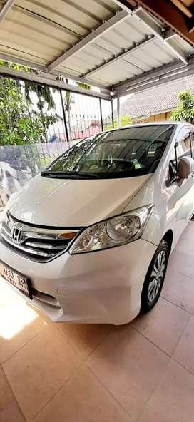 Honda Freed PSD Facelift 2012 Putih Mutiara