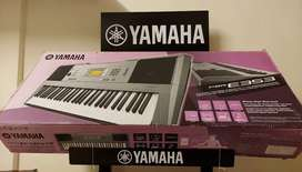 YAMAHA Keyboard PSR E353 clearance