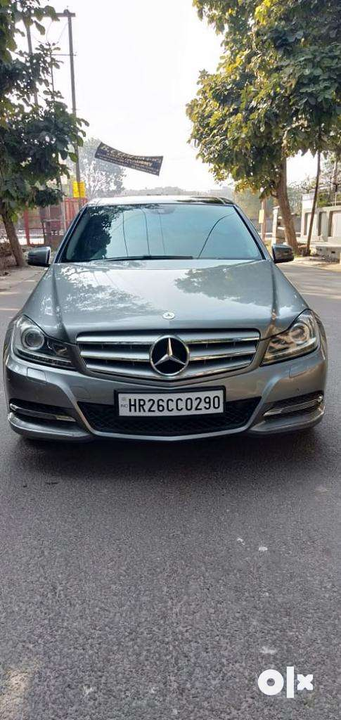 Mercedes-Benz C-Class 220 BlueEfficiency, 2013, Diesel 0
