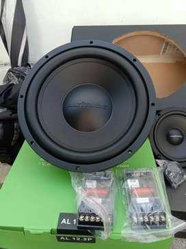 Barang beli sendiri kami yang pasangnya accesoris variasi audio mobil
