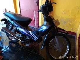 supra fit 2004 warna hitam