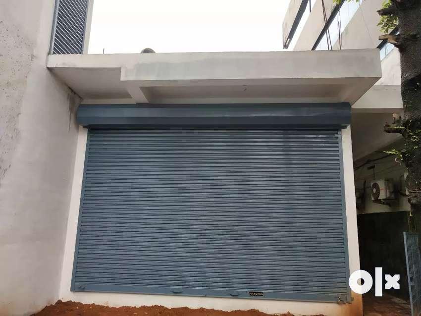1200 sqft office / godown  for rent at  chempumukku 0