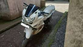 Karizma Zmr white colour in well condition