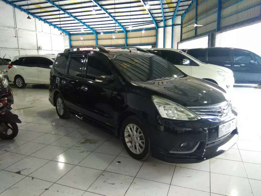 Nissan grand livina xv hws a/t 2014 0