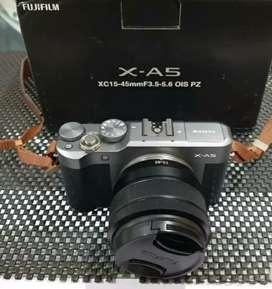 Kamera Mirrorless Fujifilm XA5 16-50mm Free memory&tas(Kamera Vlog )