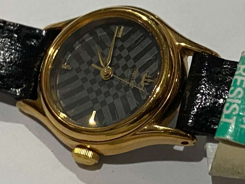 RARE SEIKO GOLD PLATED LADIES WATCH,1980's.NEW OLD STOCK