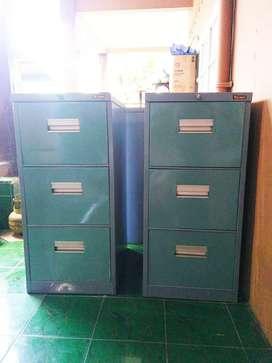 Filling Cabinet 3 Laci Merek Lion