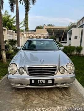 Mercedes Benz E240 Avantgarde