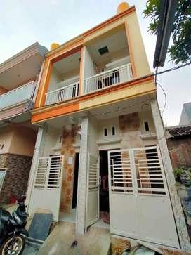 Rumah Baru 2 Lantai Bulak Cumpat Surabaya