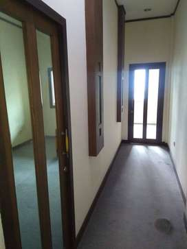 Sewa ruangan Lat.2 Kantor Sabre Medan