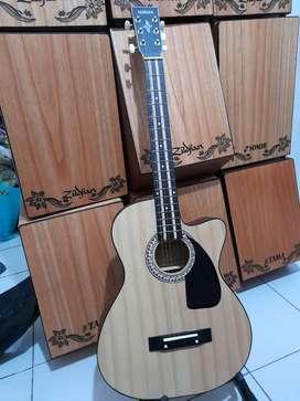 Gitar akustik medan