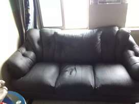 Sofa set new condition 3months use 933