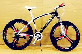 NEW MERCEDES BENZ,BMW SLEEK & POWER 21 GEARS MTB CYCLE