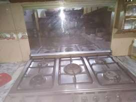 Cooking range For Sell In Good Condition Only 6 Months Used