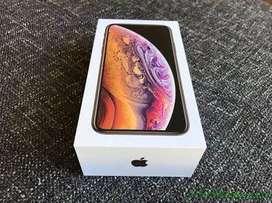 Apple i phone xs 64 gb