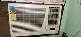 Voltas 1.5 Ton 5 star window AC white