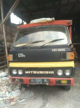 Mitsubisi truk PS 120