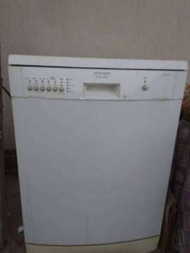 DISH-WASHER Arthur Martin's ELECTROLUX. Used Just Twice. Defence DHA-6