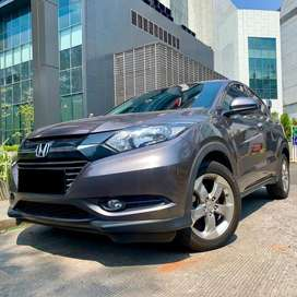 HONDA HRV 1.5 E CVT AT 2017 Grey KM Antik 19rb !