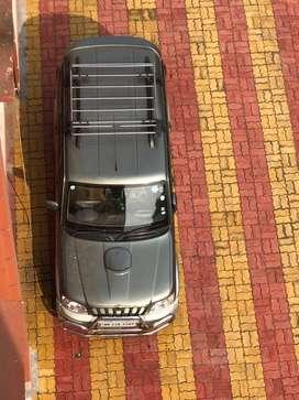 Scorpio VLX(top model), 2009, SUV.