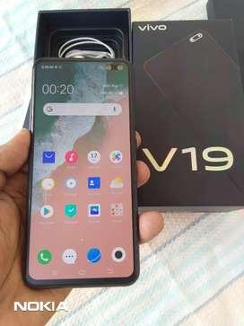 ViVo v19 / Very light used / Brand new condition