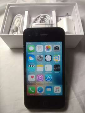 I phone 4s 16gb out standing