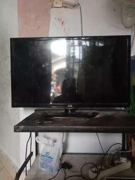 Dijual tv LG bekas.