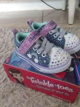 sepatu skechers girls / original