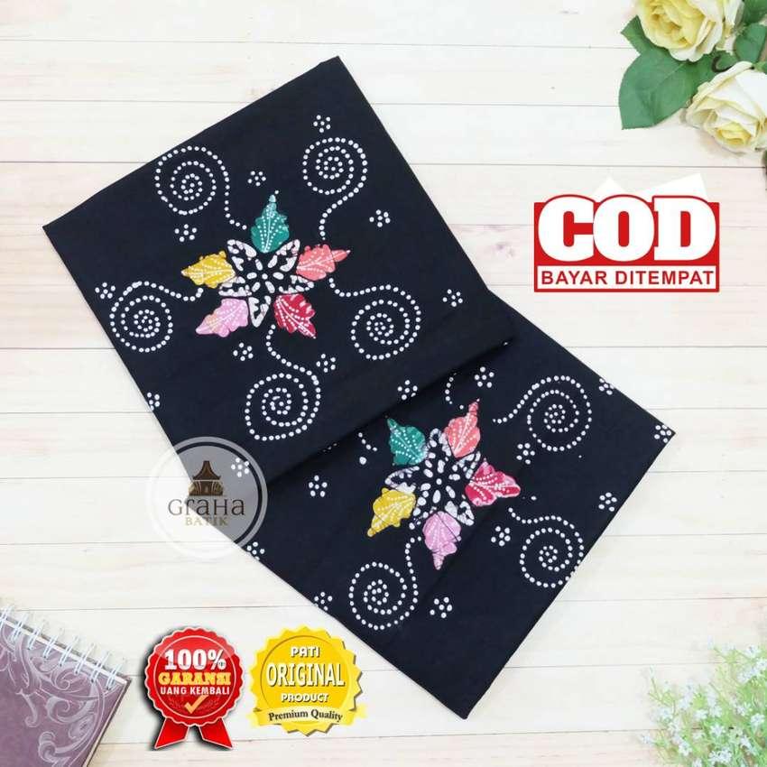 Kain Batik Tulis Asli Katun Halus Bahan Batik Bakaran Spiral Hitam