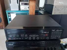 YAMAHA CDV - 1200K laserdisc player mulus normal