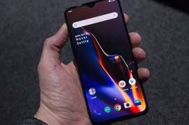 OnePlus 6t Excellent condition with all accessories bill and box Only
