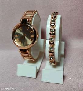 Trendy Watches with Bracelet