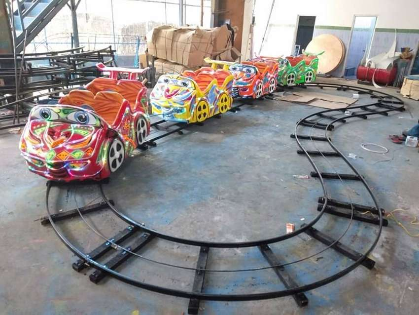 Odong Odong2 Rel bawah Lantai Kereta mini Coaster Roller Coaster 0