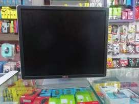 Dell 19' inch square monitor (LCD)