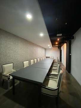 Disewakan untuk kantor (bekas restoran) dengan ruang direksi+meeting