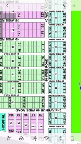 Corner 135 Sq Yd Plot West Open Sell in Saadi Garden Scheme 33