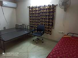 hostels for women in poonamalle high road with all accommodation