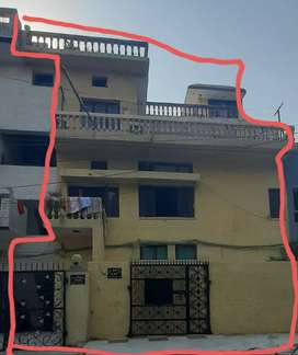 3 three floor flat wit independent terrace