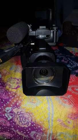 Sony Nex-EA50E (Video Camera)