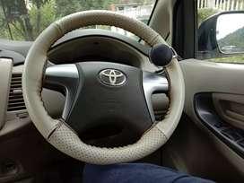 Toyota Innova 2014 Diesel 970000 Km Driven
