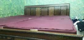 Double bed basic size