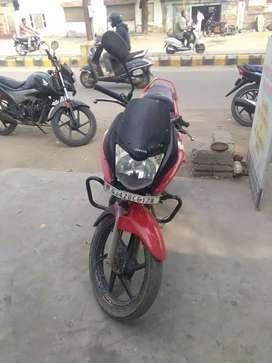 One hend use bike he gandhidham me