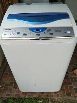 Jual mesin cuci Sanyo toploading
