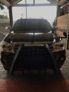 Fortuner 2.5 G A/T Tahun 2010