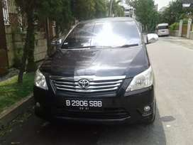 Toyota  Grand Innova G AT dieseL 2011 (plat B )