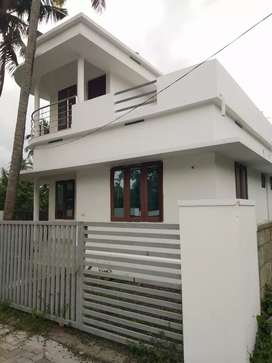 2 bhk 750 sqft new build house at aluva west kadungallur near