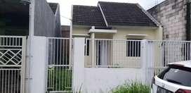 Dijual Rumah Perum Citra Amanda, Dekat Taman Pinang Indah