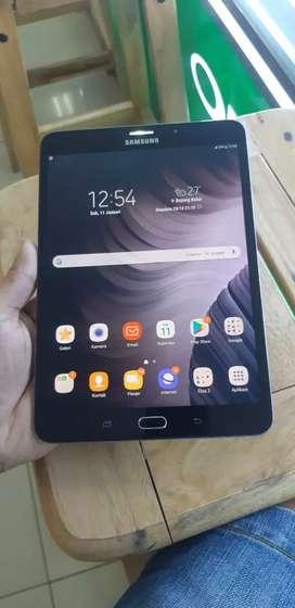 Tablet samsung S2 8inc Ram3/32 Hp +carjer